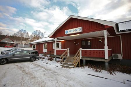 Årjängs Röda Kors krets 100-års jubileum firades i IOGT-NTO:s lokaler i Årjäng.