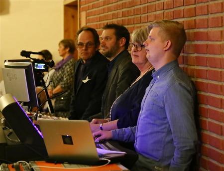 Ljudproduktion - INKA Musik, Sånginstudering och körledare - Kerstin Wallmyr, Ljusproduktion - Anders Nerlund Light Design AB