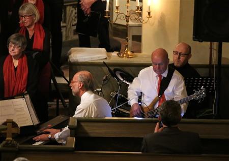 Anders Ek - piano, Ingvar Heed - bas, Dan Edvinsson - trummor.