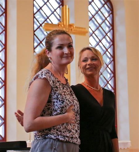 Julia Tsubina och Caroline Blomstrand