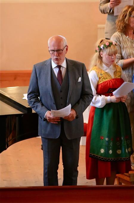 Anders Andersson sjöng Anthem.