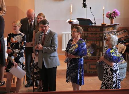 Kjell Eriksson tackade alla för en fantastiskt fin konsert och framförde sin förhoppning att Midsommardagskonserten i Västra Fågelviks kyrka återigen ska bli en tradition.