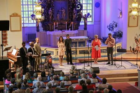 Kyrkoherde Rune Wallmyr tackade alla för en fantastisk avslutningskonsert.