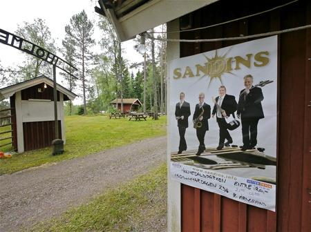 23 juni 2012 spelade Sandins i Holmedals-parken.