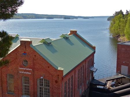 Lennartsfors kraftstation vid sjön Lelång.