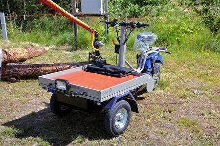 Eldriven flakmoped som tillverkas vid företaget Lennartsfors AB.