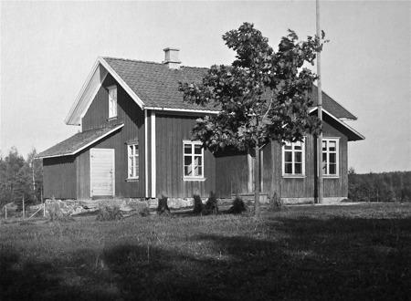 Stommens skola i Boviken Östervallskog, byggd 1873.