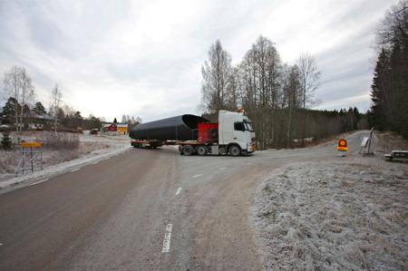 30 november 2016 - Första vägtrumman anländer från ViaCon i Lycksele.