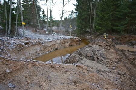5 december 2016 - Omdirigering av vattnet i Torpedalsälven under byggtiden.