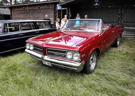 Pontiac 1964