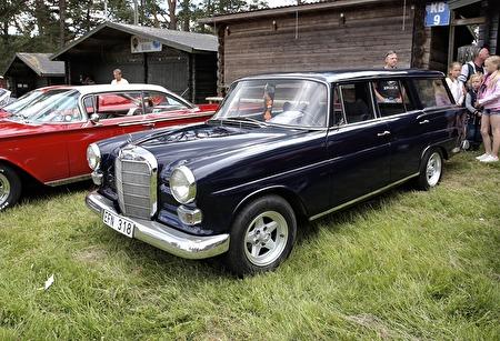 Mercedes Safari 1966