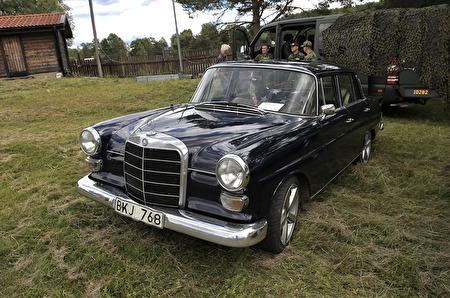 Mercedes 200 D 1966
