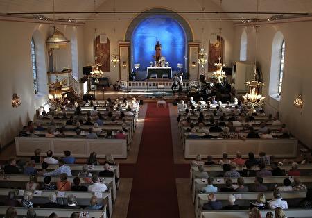 Silbodals kyrka fylldes till nästan sista plats.