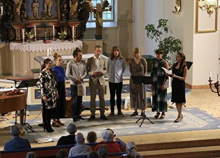 Alla sjöng Värmlandsvisan.