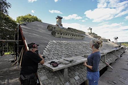 23 augusti 2017 - Planering av åtgärder för att rädda skorstenarna.