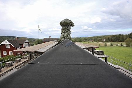 7 september 2017 - Förberedelse för restaurering av tingshusets gamla skorstenar.