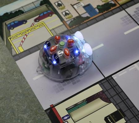Robot som små barn kan programmera.