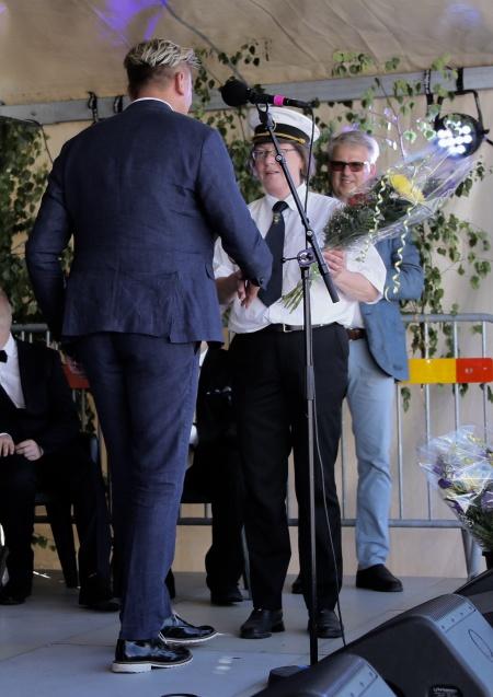 Daniel Schützer tackade Gruvöns musikkår.