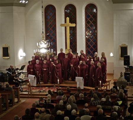 Kören Holy Inspiration i Västra Fågelviks kyrka