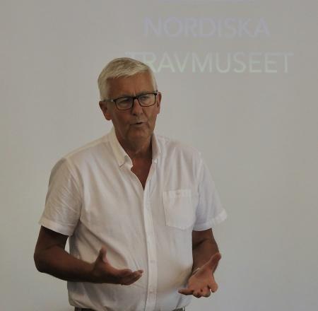 Tore Fyrand hälsade alla välkomna till Nordiska Travmuseet och presentationen av de som blivit invalda i travets Hall of Fame 2018.