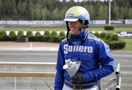 På lördagen den 4 maj vann Björn Goop finska travloppet Finlandia Ajo med världsstjärnan Readly Express. Dagen efter den 5 maj var det dags att besöka vinnarcirkeln på Årjängstravet, efter segern med varmblodshästen Sugarcraft i lopp 7.