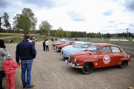 Holmedals Veteranklubb fanns på plats med en veteranbilsutställning.