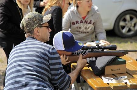 Årjängs Jaktvårdskrets fanns på plats och här kunde man prova på att skjuta med luftgevär.