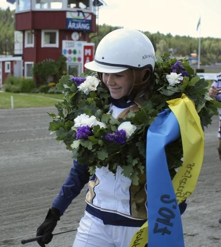 Alicia Larsson vann Årjängs Lilla Sprinterlopp med ponnyn Allgunnens Face.