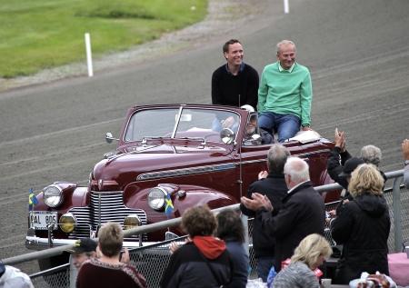 Så var det dags för presentation av de personer som blivit invalda i Hall of Fame 2016. Far och son Goop åkte i en veteranbil till ceremonin i vinnarcirkeln. Olle Goop blev invald i Hall of Fame 2013, nu var det dags för sonen Björn Goop.