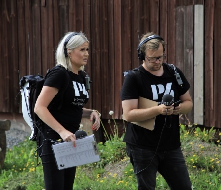 Sara Johansson och Jonas Hansson är redo för sändning av Sommarluffen.