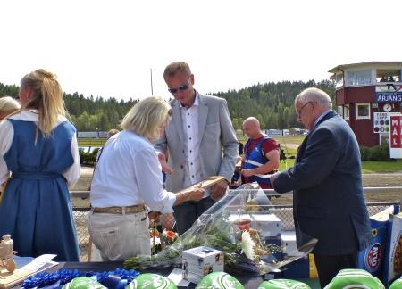 Margareta Wallenius-Kleberg valdes in i Hall Of Fame för sina betydande insatser för svensk travsport.
