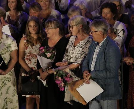 Owe Lindström och hans trogna medarbetare Marie Pettersson ochLena Larsson hylladesstort för sina insatser i arrangemanget Allsköns Musik.