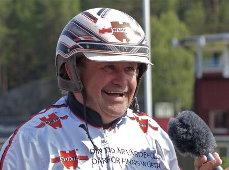 Erik Berglöf - en glad profil inom travsporten.