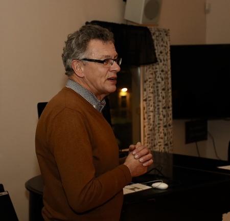Kyrkoherde Rune Wallmyr framförde gratulationer och nämnde också det fina samarbetet mellan kyrkan och Kommunala musikskolan.