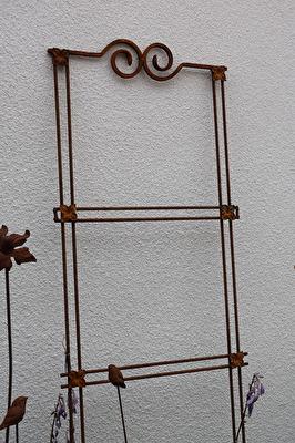 Växtstöd/avdelare two faces of sweden - Växtstöd/avdelare