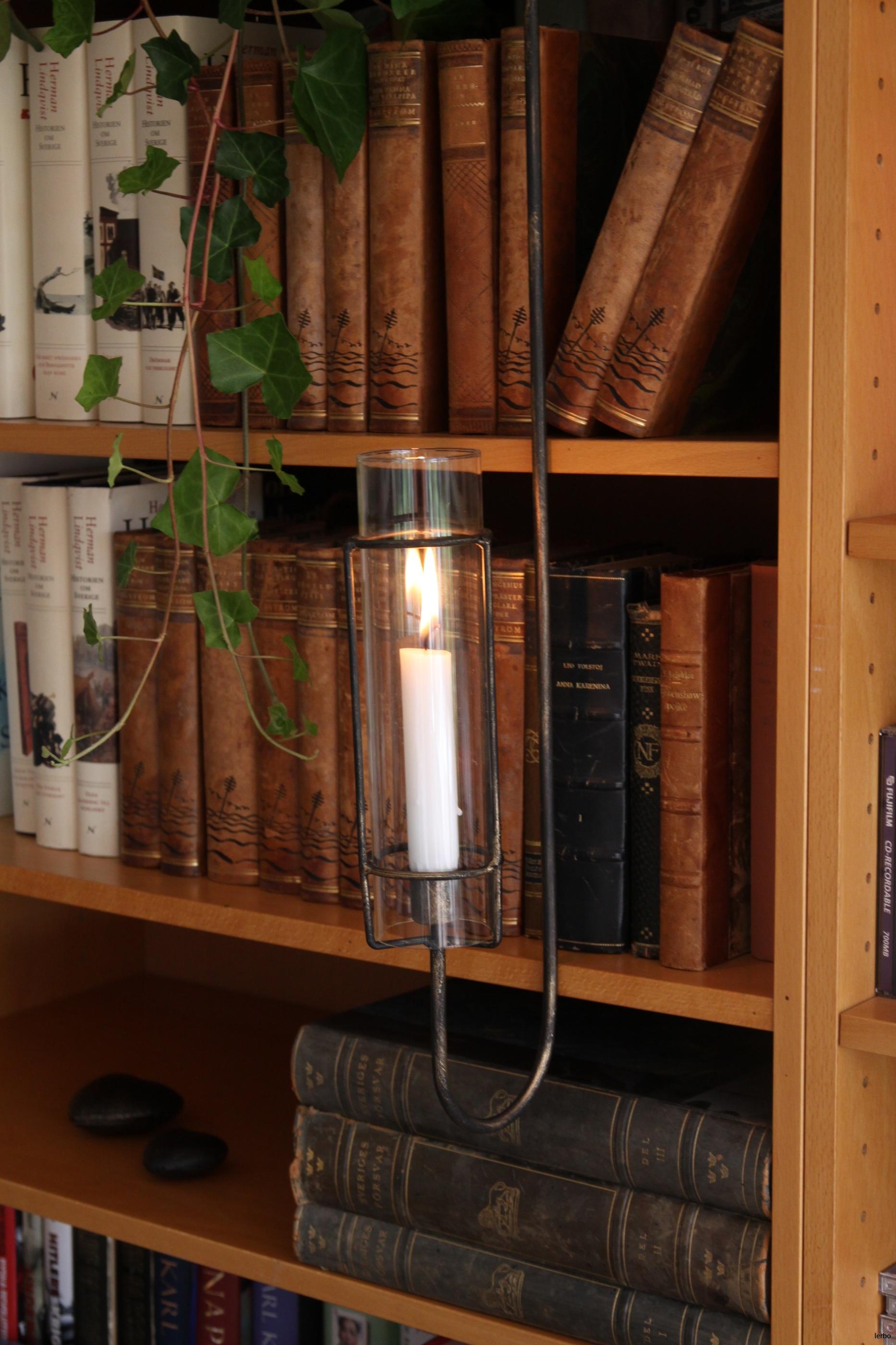 eldvakt hängande för bokhylla