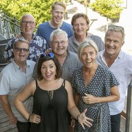 Gruppbild. Längst bak: Bernt, Andreas, Håkan, Beppe. Mitten: Bengt, Bertil och Anna. Längst fram: Linnea. Foto: Tom Bengtsson, V-TAB