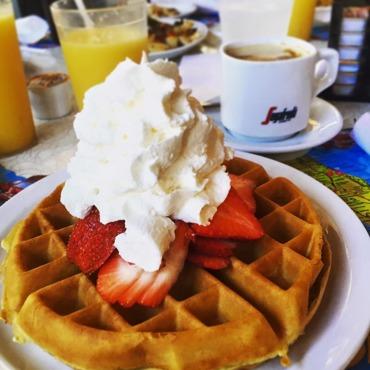 frukost på diner 11