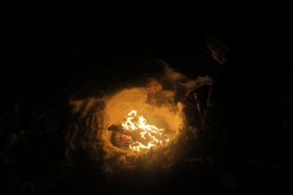 En värmande eld som dessutom är ett tecken på att det vankas fika.