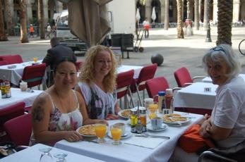 Frukost på Placa Reial