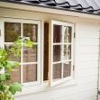 Dellas Garden Bexhill 3 Vit med fönster och svart tak-5, Förråd. Snygga, fina och snyggt förråd från svensktillverkade Della´s Garden. Ett förråd med många tillval, samt lekstugor och snickarglädje.