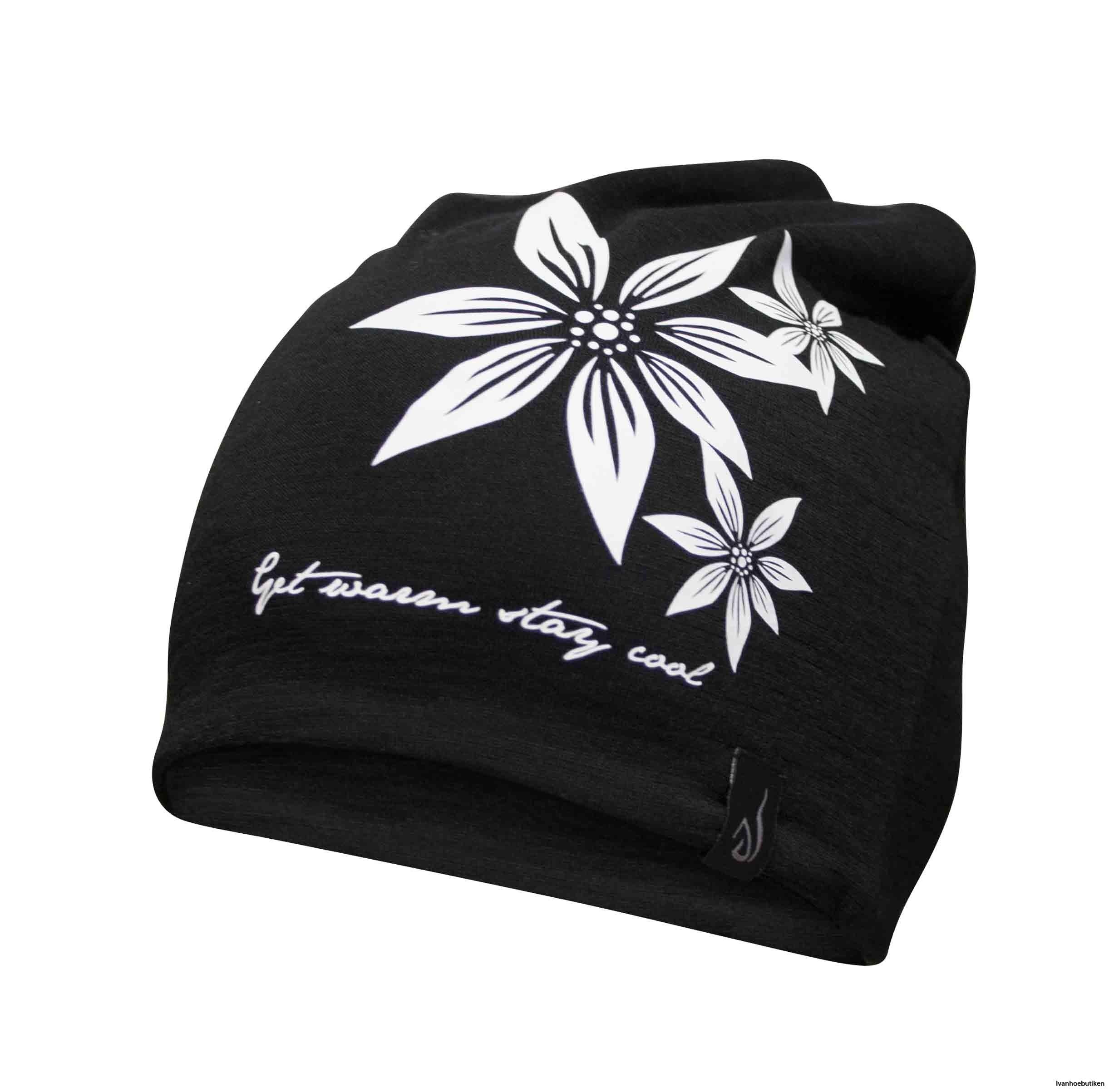 UW_Hat_Flower_015
