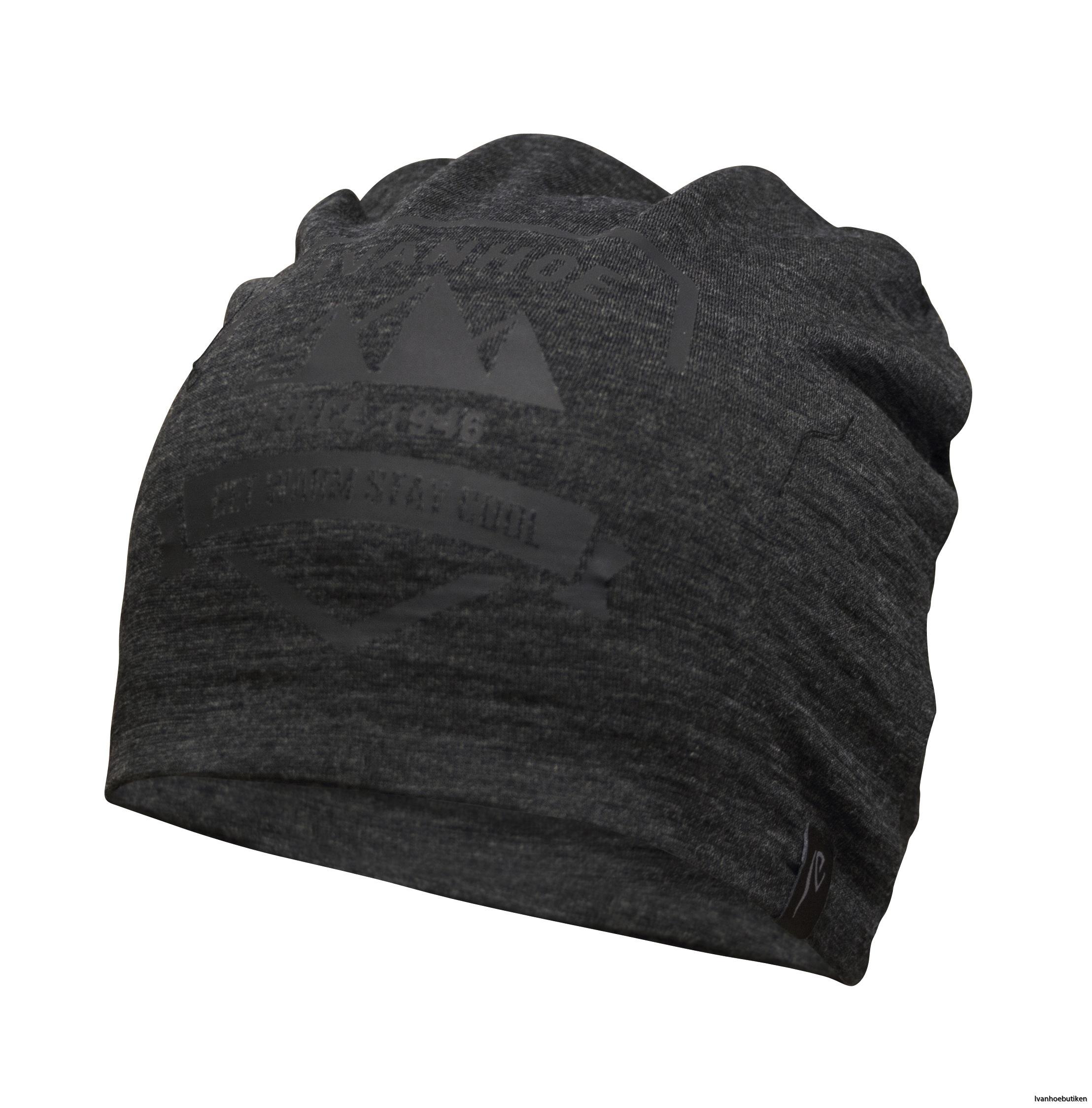 UW_Hat_Shield_055