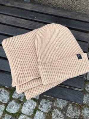 Ivanhoe Wool Set Scarf & Hat - Beige