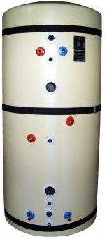 Ackumulatortank TS750, med PUR-isolering, som minskar värmeförlusten till det minimala. Den har en förvärmingsslinga som börjar extra långt ner i botten, som gör att solfångaren producerar mer energi.