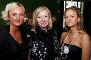 Maria Langen, Lisen Almgren (Piknik Förlag) och Angelika Langen på boksläppet av Snacka Om Kaos!