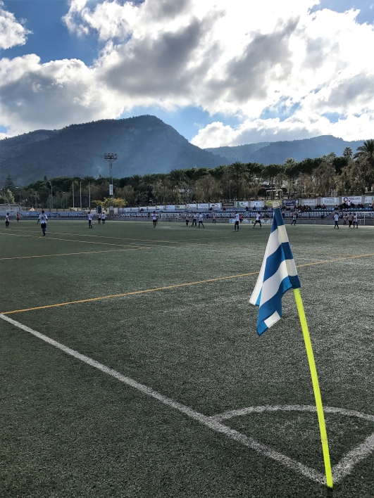 Arenan i Alhaurín de la Torre ligger fint på norra sidan av Sierra Mijas  (Mijasbergen dd8ea57b81e9a