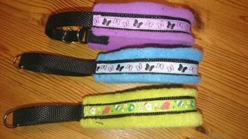 Fleece halsband från 90:-