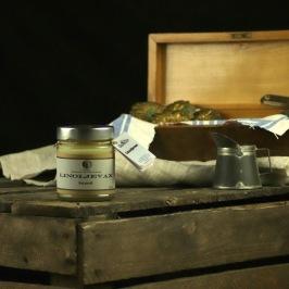 Gotländsk linoljevax utan lösningsmedel