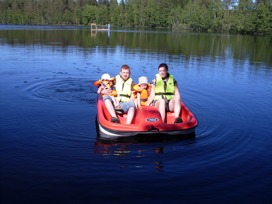 family paddle boat sweden
